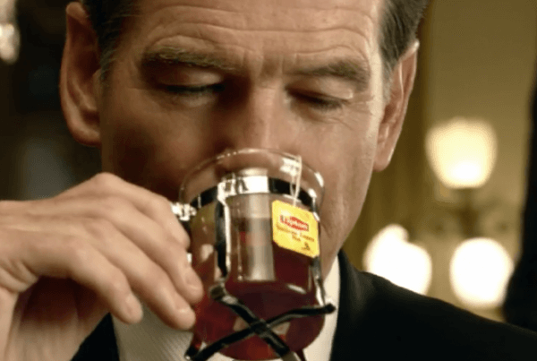 POST PRODUCTION - REEPOST : PUBLICITÉ LIPTON - JAMES BOND